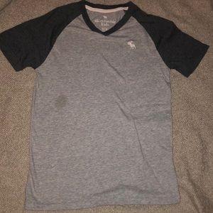 Abercrombie kids heather grey shirt: size 11-12.